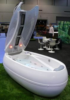 Balance bathtub offers you triple function bathtubs at the same time. Balance bathtub offers you steam and infrared sauna heat, hydromassage with its couple dozen jets, and therapies both aroma and chroma. Need music ? Sure, no problem, Balance bathtub also features mp3 player for you to enjoy while having bathing experience.