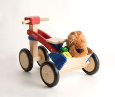 http://www.borgione.it/Movimento/Movimento/Quadriciclo-in-legno-senza-pedali/ca_2790.html