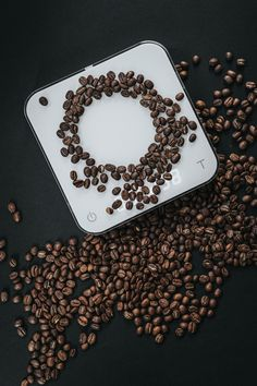 Measure your precious coffee beans with these digital kitchen scales! Get your brew just right! Fast Weight Loss, How To Lose Weight Fast, Precision Nutrition, Digital Kitchen Scales, Appetite Control, Water Fasting, Coffee Roasting, Diet Tips, Diet Recipes
