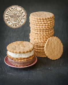 Try these crisp gluten-free graham cracker cookies made from scratch with ice cream, dipped in coffee, or any other way!