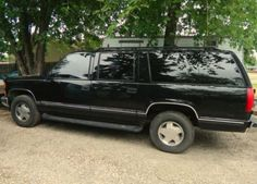1999 Chevrolet Suburban 4 Dr K1500 4WD SUV-I have one of these now, too, mine looks a whole lot nicer, 89,000 miles, interior is mint...finally feel like me again...