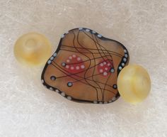 My BSBPBHE partner send me a hand made glass bead made by Anastasia Beads of Germany. How To Make Beads, Anastasia, Glass Beads, Sunglasses Case, Germany, Soup, Party, Blog, Handmade