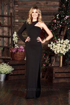 Купить Длинное вечернее платье в пол. Черное вечернее платье с одним рукавом. - черный