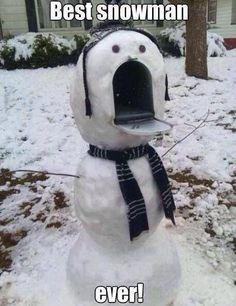This is one of the best snowman ideas we've ever seen! It might scare your mailman a little..but still a great idea. ‪#‎HappyHolidays‬ ‪#‎snowman‬ #realestatehumor