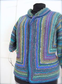 Lismi Knits - this is a post on modifications of the original pattern by Elizabeth Zimmermann Adult Surprise Jacket