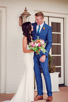 royal blue groom suit @weddingchicks
