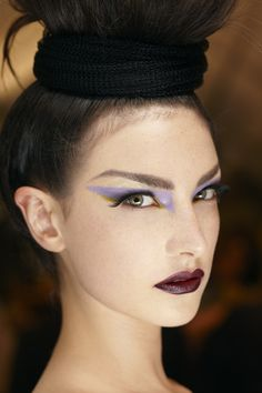 Make up Pat McGrath for Dior. Photo Thibaut de Saint Chamas.