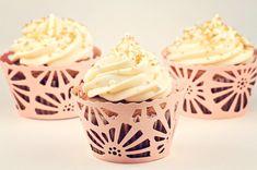 Chocolate-filled banana cupcakes