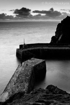 Mullion Harbour, Cornwall, UK.