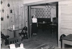 ID#0036 Date: 1950s. Date: 1950s. This image shows the interior of Martin Inn at #29 and 31 East College Street. The building was remodeled from 1903 to 1904 for use as a hotel, extending it out to the sidewalk. It opened in 1904 and had various names until its demolition. Participant: Ryan Martin. Additional Sources: Oberlin Heritage Center: Fred Maddock files; City Directories.
