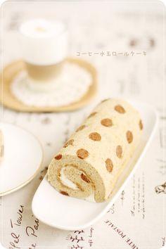 Coffee Polka Dotted Roll Cake コーヒー水玉ロールケーキ