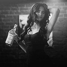 gif gifs Black and White the vampire diaries dancing alcohol tvd katherine pierce nina dobrev katerina petrova whisky Nina Dobrev Hair, Whiskey In The Jar, Vampire Diaries Fashion, Something Wild, Original Vampire, Katherine Pierce, Skinny Waist, Let's Have Fun, Elena Gilbert