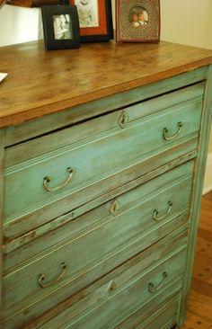West Furniture Revival: 25 Fabulous Dressers Redo's
