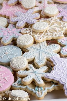 Christmas, sugar, cookies, cut out, cutters, roll, icing, royal, frosting, snowmen, snowman, snow, icicles, snowflake, sprinkles, winter, easy, x-mas, family, santa