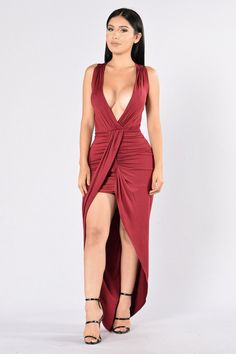 - Available in Orange/Olive, Mint/Blue, Black, Burgundy - V Neckline - Front Slit - Maxi Length - Ruching Detail on Front - Made in USA - 95% Rayon, 5% Spandex