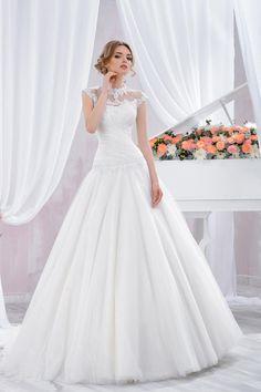 "Wedding dress by Belleza e Lusso. Collection ""Piano"" / Свадебное платье от Belleza e Lusso. Evening Dresses, Wedding Dresses, Piano, Collection, Design, Fashion, Atelier, Moda, Evening Gowns"