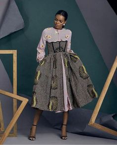 15 robes midi des plus belles de 2019 African Fashion Ankara, Latest African Fashion Dresses, African Dresses For Women, African Print Dresses, African Print Fashion, Africa Fashion, African Attire, African Wear, Fashion Prints