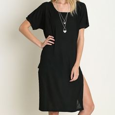 Casual Dress Short sleeve ribbed casual dress. High side slits.  trades ⭐️posh rules apply Trundy Clozet Boutique Dresses Midi