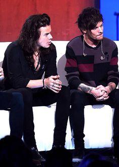 Harry & Louis // 1D London Session • (11.4.15) - @Tati1D5