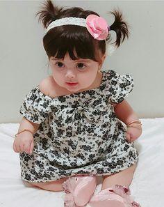 Cute Little Baby, Little Babies, Baby Love, Cute Babies, Baby Kids, Cute Kids Pics, Cute Baby Girl Pictures, Baby Photos, Beautiful Children