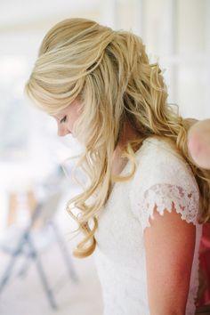 elegant long wedding hairstyle  Photo: Kt Crabb Photography