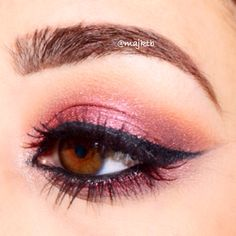 Cranberry eye makeup for fall