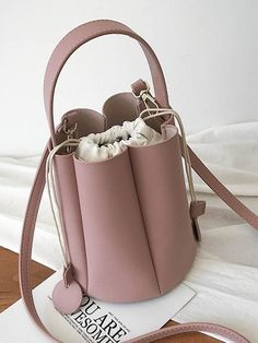 Ins Popular In Summer Pure And Fresh And Literary One Shoulder Aslant Bucket bag has many colors to be choose for sale at a competitive price. Bucket Handbags, Lv Handbags, Bucket Bags, Save The World, Fashion Bags, Fashion Fashion, Runway Fashion, Fashion Trends, Diy Bags Purses