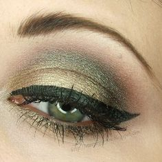 Bildergebnis für how to apply green eyeshadow