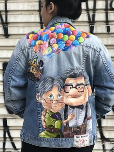 Custom made Up movie jean jacket Custom made Up movie jean jacket Painted Denim Jacket, Painted Jeans, Painted Clothes, Hand Painted, Diy Clothes And Shoes, Custom Clothes, Disney Inspired Outfits, Disney Outfits, Jean Jacket Design