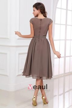 Popular Scoop Short A-line Knee Length Chiffon Brides Maid Dresses Modest  Bridesmaid Dress with Sleeves 6f3b93bf046e6