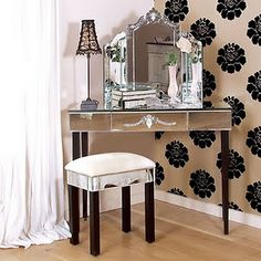 braxton and yancey: MAKE UP TABLES AND DRESSING ROOMS AS CREATIVE SPACES