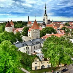 Tallinn    looks like a scene out of beauty and the beast lol!    fairytales - so perfect    photo by ole