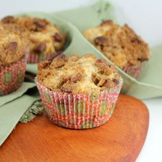 Southern Peach Muffins with Pecan Topping