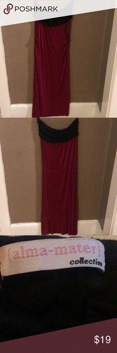Black and burgundy dress featuring pockets EUC Black and burgundy dress featuring pockets EUC. Long maxi sleeveless style dress. Size XL. Alma Mater Dresses Maxi