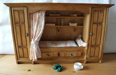 All about dollhouses and miniatures: Miniatuur: Bedstee