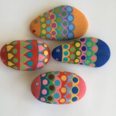 Set of 4 handpainted stones fishes design bright by MOIRAPINA