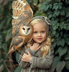 Cuteness overload Photos by with – All Pictures Animals For Kids, Cute Baby Animals, Animals And Pets, Funny Animals, Nature Animals, Funny Cats, Beautiful Owl, Beautiful Children, Animals Beautiful
