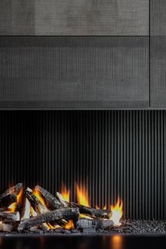 Open gas customised fireplace by Gerookt Eiken