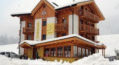 Hotel Garnì Il Giglio - 3 Star #Hotel - $87 - #Hotels #Italy #Commezzadura http://www.justigo.com/hotels/italy/commezzadura/garni-il-giglio_159798.html