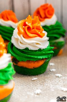 Indian Tricolor Cupcakes - Cook With Manali Halloween Cookie Recipes, Halloween Cookies Decorated, Halloween Sugar Cookies, Independence Day Special, India Independence, Candy Corn Cookies, Flag Cake, Recipe 30, Recipe Image