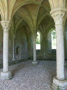 Abbaye de Fontaine-Guérard, Dans la vallée de l'Andelle #Eure, Normandy, France