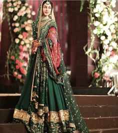 Sabyasachi Collection at this Pakistani wedding is something to look for! Pakistani Wedding Outfits, Indian Bridal Outfits, Indian Bridal Fashion, Pakistani Wedding Dresses, Indian Dresses, Punjabi Wedding Suit, Pakistani Bridal Lehenga, Wedding Lehnga, Pakistani Couture