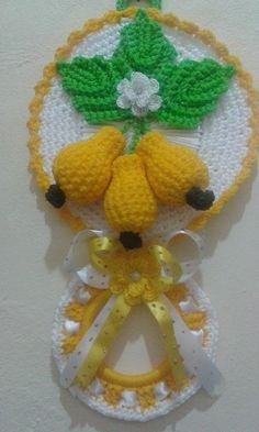 porta pano de prato Pregnancy pregnancy or period Crochet Food, Crochet Kitchen, Easter Crochet, Love Crochet, Crochet Lace, Crochet Flower Patterns, Crochet Designs, Crochet Flowers, Crochet Home Decor