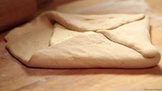 Laskominy od Maryny: Plundrové těsto – návod na výrobu krok za krokem Russian Recipes, Dairy, Cooking Recipes, Sweets, Bread, Cheese, Healthy, Cake, Food