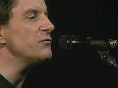 ▶ Je l'aime à mourir - Francis Cabrel LIVE A French classic that Shakira recently covered. Jean Ferrat, French Songs, French Classic, French Teacher, French Lessons, Beyonce Knowles, Blues Rock, Shakira, Film