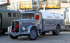 Old Trucks, Trailers, Hot Rods, Jeep, Transportation, Lost, Europe, Cars, Nice