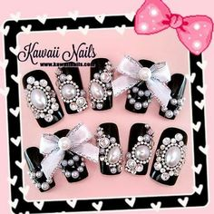 Kawaii black and pearl