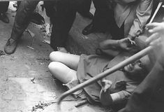 A pogrom in Lvov in where Ukrainian Nazi collaborators ransacked the city while abusing and murdering Jews.overheard on CNN We Will Never Forget, Lest We Forget, Jewish History, Ww2 History, Forgetting The Past, German Girls, Mystery Of History, Teaching History, Conservative Politics
