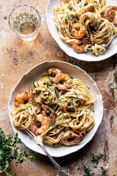 Garden Herb Shrimp Scampi Linguine, best for when you're in need of a dinner, but also need to impress your guests with something delicious. Seafood Recipes, Pasta Recipes, Dinner Recipes, Cooking Recipes, Healthy Recipes, Keto Recipes, Linguine Recipes, Cooking Pork, Healthy Meals