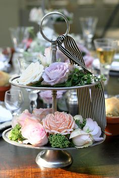 centerpiece inspiration- would be so easy to do